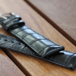 Watchstrap Hirsch London black 22mm Alligator