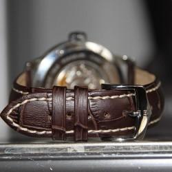 Watchstrap Hirsch Modena Dark Brown 22mm white stiches