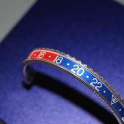 Speedometer Official Pepsi Red Blue and Polished Steel