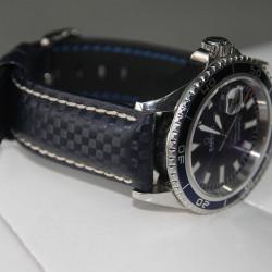 Watchstrap Hirsch Carbon Blue 22mm white stich